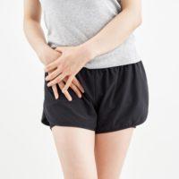 股関節を安定させてることで腰の負担を減らす