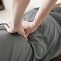 【腰痛改善】腰が痛いからと言って腰を揉んではいけない理由